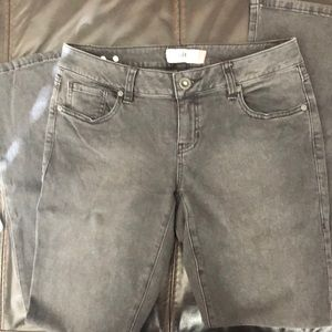 Cabi Slim Bootcut Jeans Style 3042R Size 4